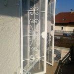 Geschmiedete Balkontür in Weiß von Eisl & Söhne – St. Wolfgang im Salzkammergut